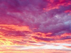 el cielo solo es azul, .....o púrpura?!!!